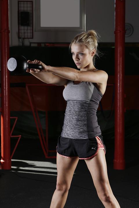 クロスフィットトレーニングのやり方と効果アップの食事&サプリメント